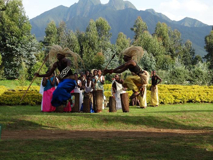 Rwanda-cultural-dancing