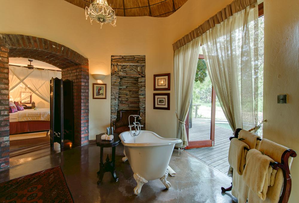 A bush bath at its best ©Tintswalo Safari Lodge