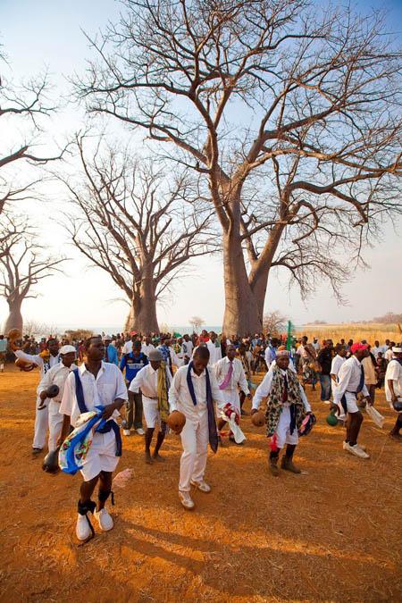 dancers mango mozambique