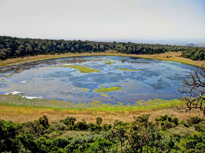 Marsabit-National-Park_Lake-Paradise
