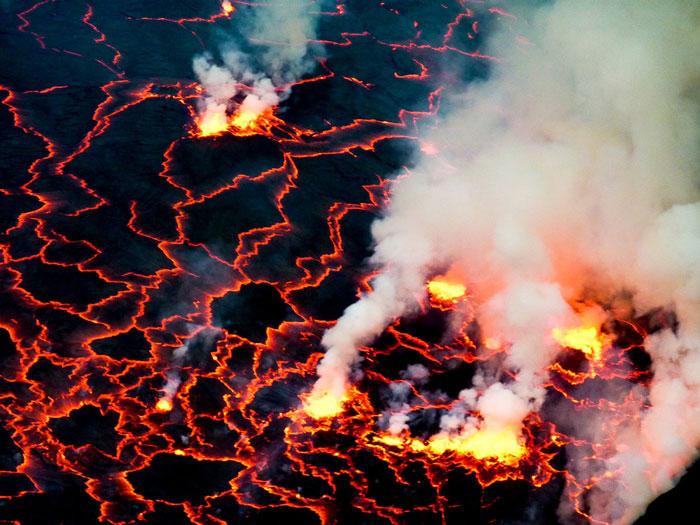 Nyiragongos-boiling-cauldren