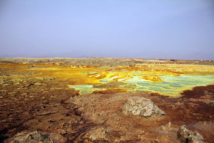 dallol-sulphur-pools