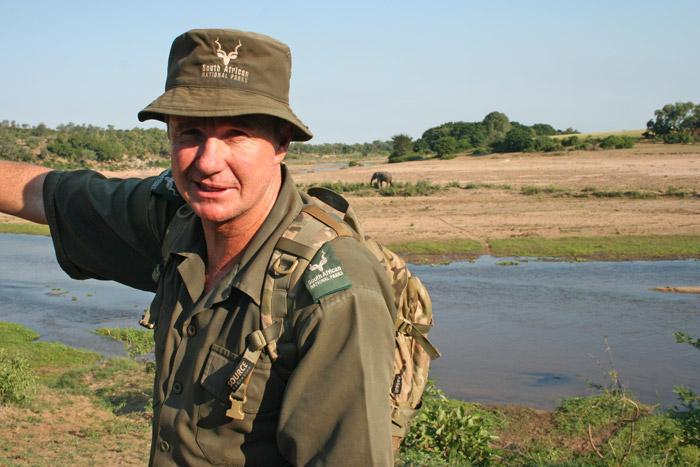 jaco-buys-safari-guide