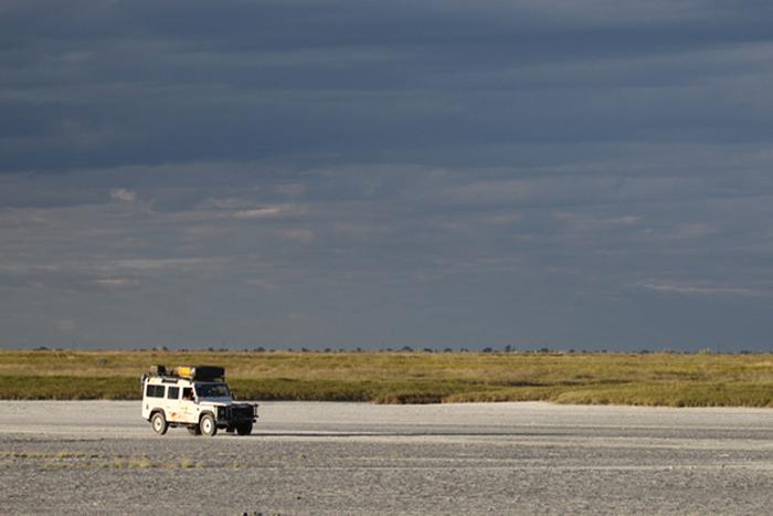 self-drive-safari-in-botswana - Africa Geographic