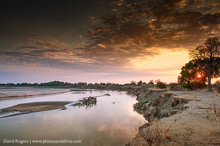 sunset-south-luangwa