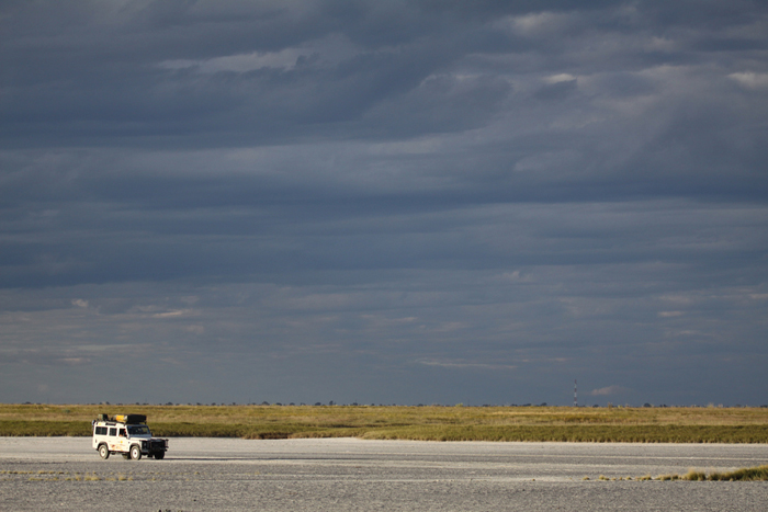 under-one-botswana-sky-self-drive-safari-in-botswana