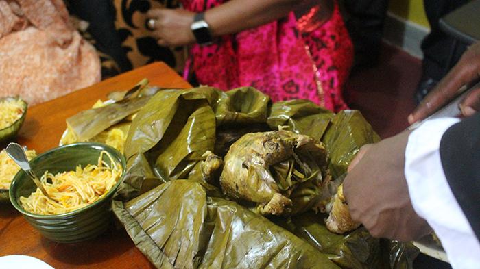 Traditional food, Luwonbo - Uganda