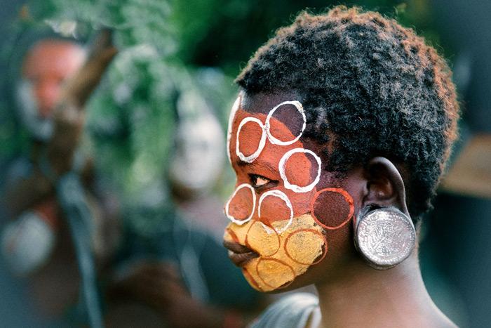 face-paint-circles-trevor-cole