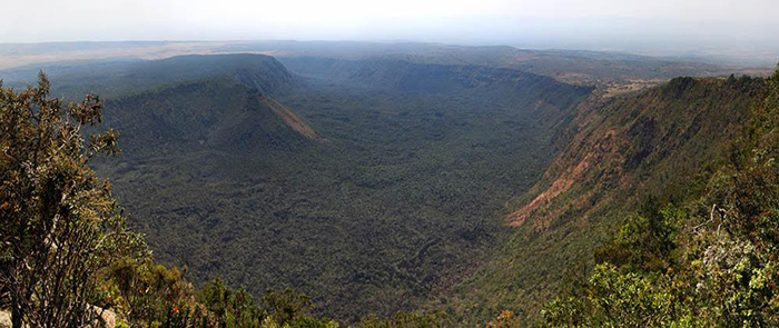 mount-suswa-crater