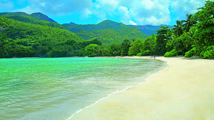 A piece of paradise in the Seychelles - on Constance Ephelias north beach
