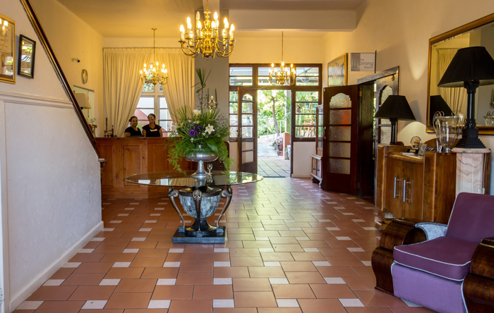 montagu-country-hotel-reception