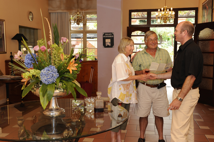 welcoming-guests-montagu-country-hotel
