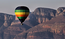 Ballooning over Blyde River Canyon
