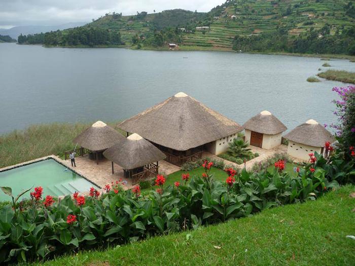 birds-nest-lake-bunyonyi-lodge-uganda