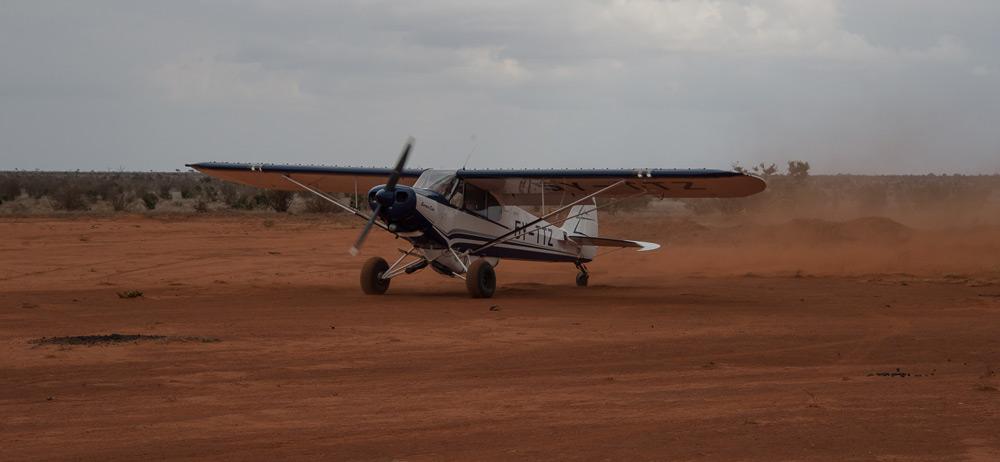 airplane-tsavo-kenya