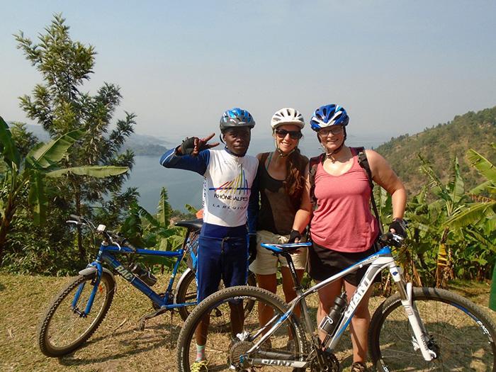 biking-congo-nile-trail