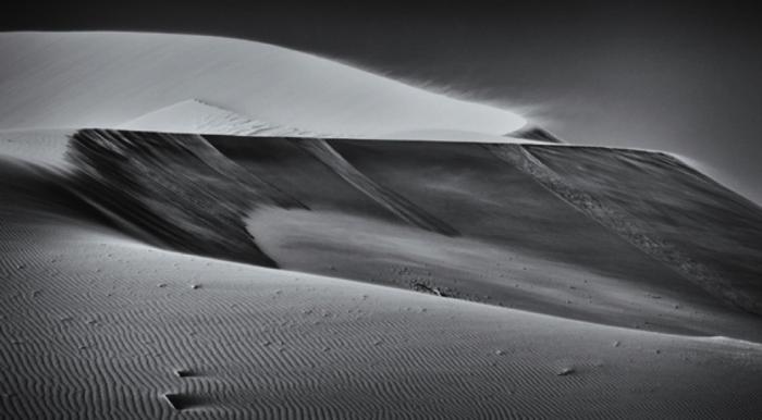 lonliness-of-the-desert