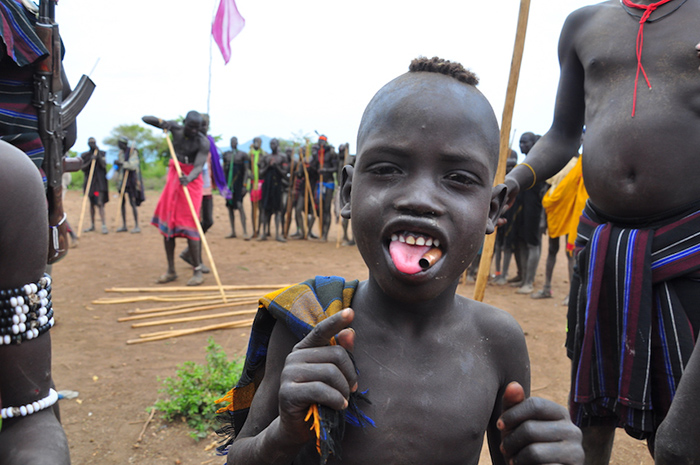 young-mursi-boy-at-the-donga-ceremony