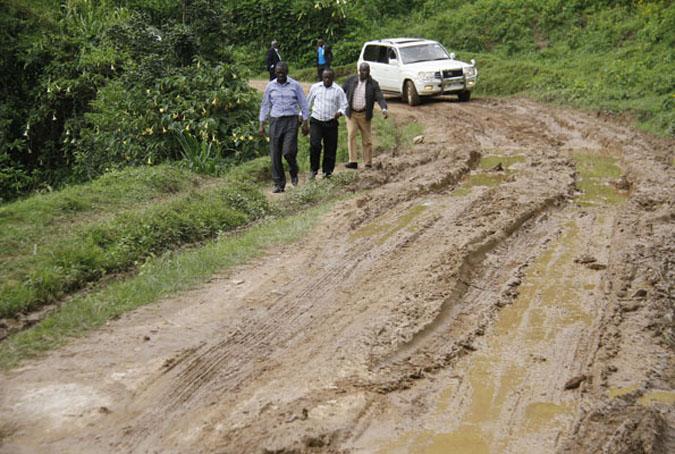 kanungu-road