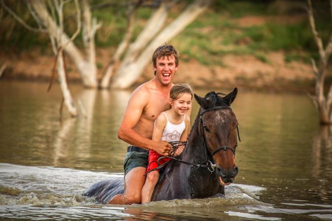 children-safari-horse-riding