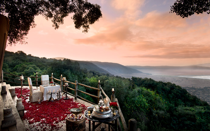 Ngorongoro-Lodge-crater