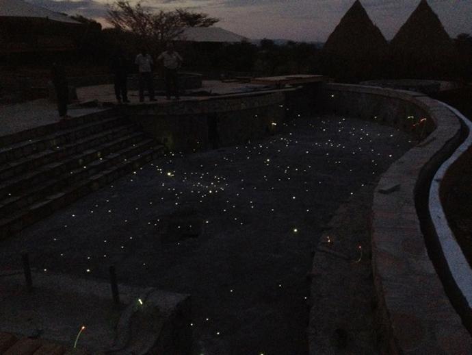 star-pool-construction