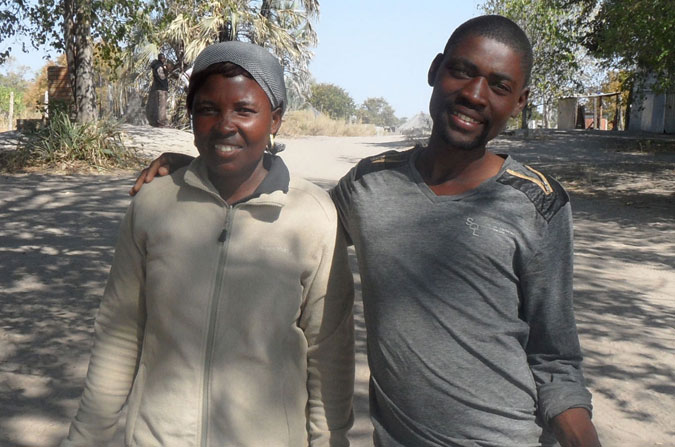 @Jessica Lohmann mokoro polers, Botswana