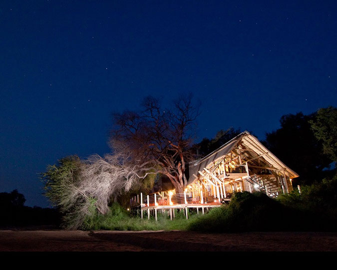 rhino-post-safari-lodge
