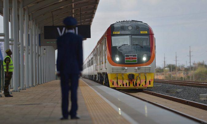 train, Kenya