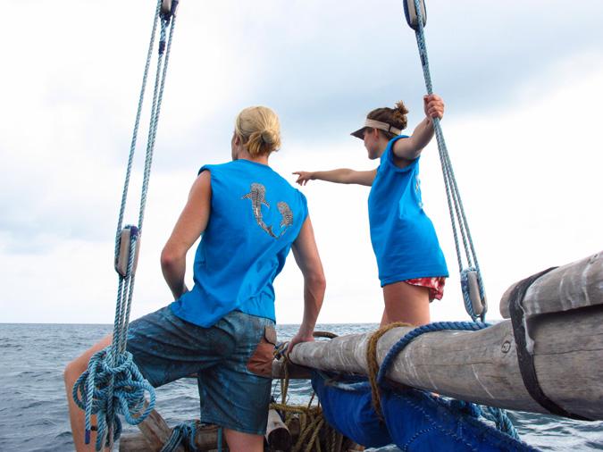 Kitu Kiblu interns with whale sharks, Mafia Island, Tanzania