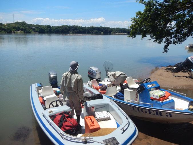 boats, Mana Pools, Zimbabwe, Vundu Camp