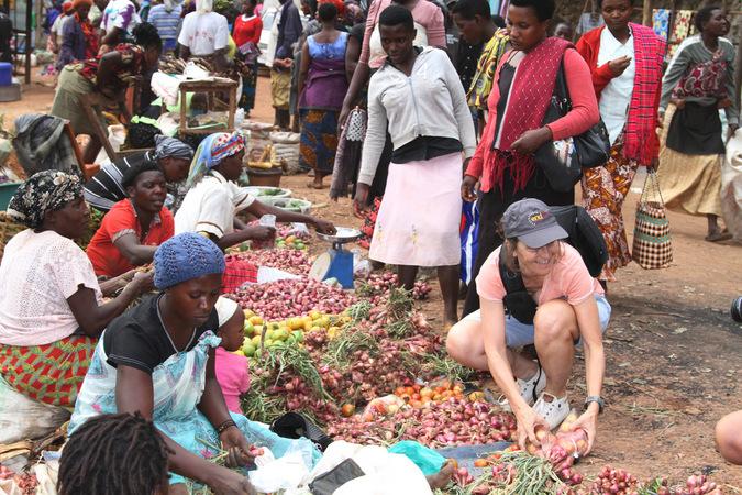 local market, culture, Lake Bunyonyi, Uganda
