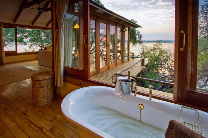 Tongabezi Lodge, Zambia, bath