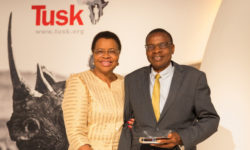 Mrs Graça Machel awards Brighton Kumchedwa at the Tusk Awards