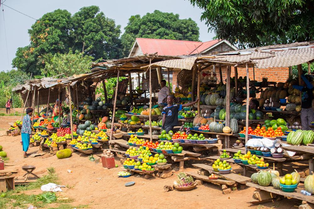 A roadside market selling produce at Masaka