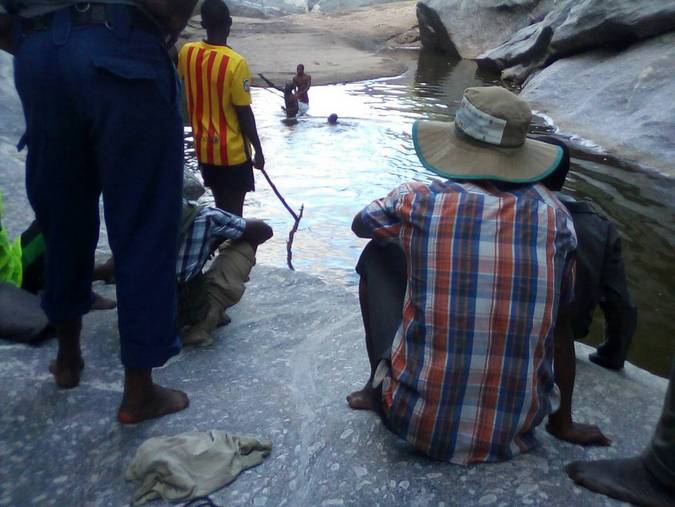 Drowned rangers being pulled from Lower Zambezi