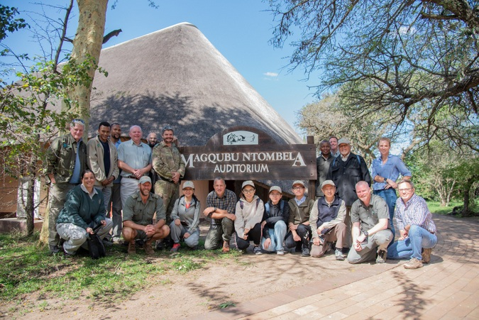 A delegation from Tongji University with rhino protection experts in Hluhluwe-iMfolozi Park