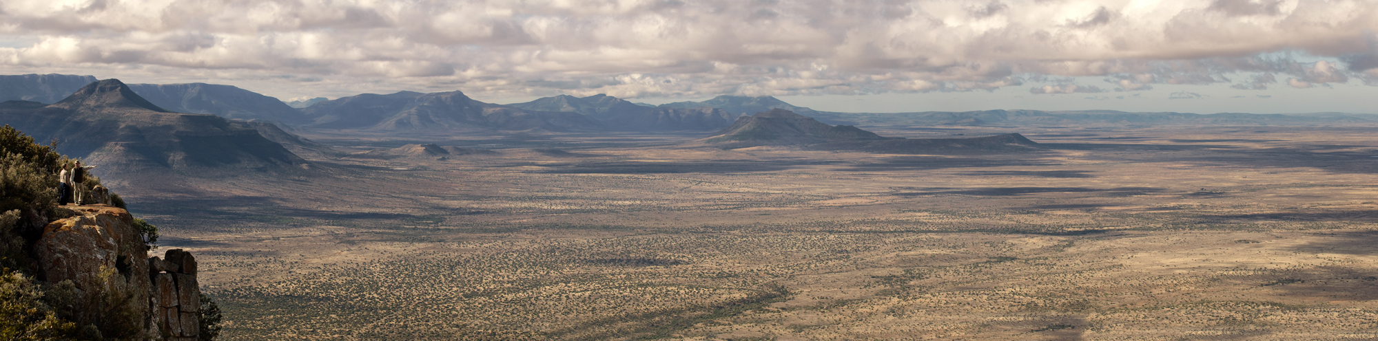Landscape of the Great Karoo and location of Samara Private Game Reserve