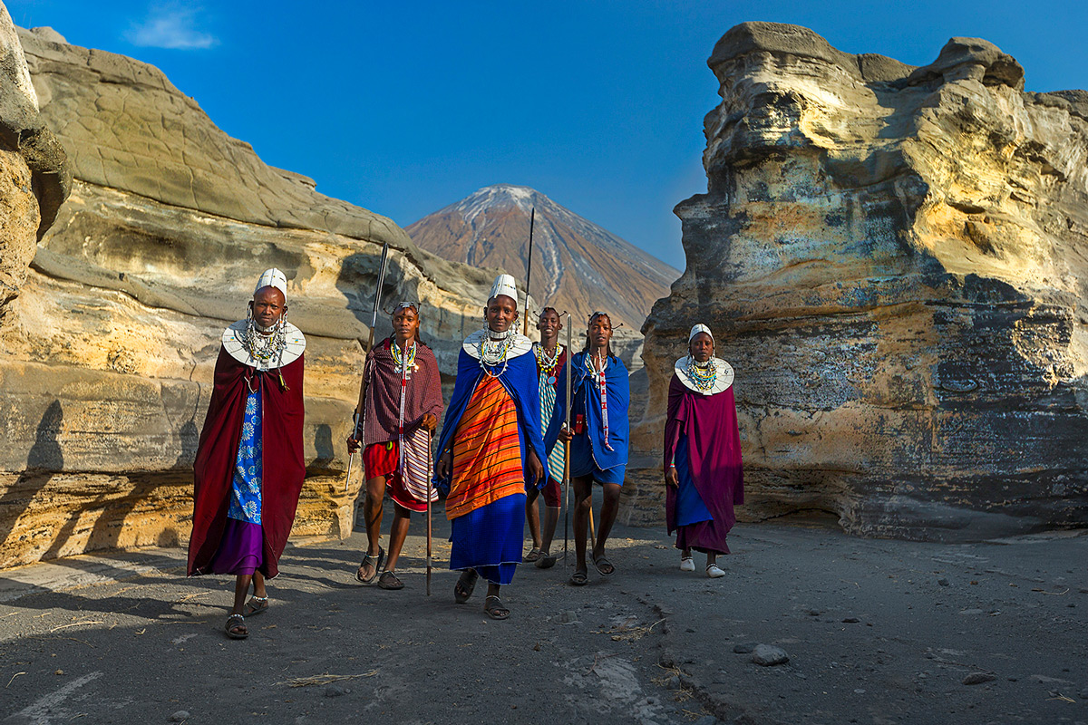 Maasai's living under the active Ol Doinyo Lengai volcano in Tanzania © Hesté de Beer