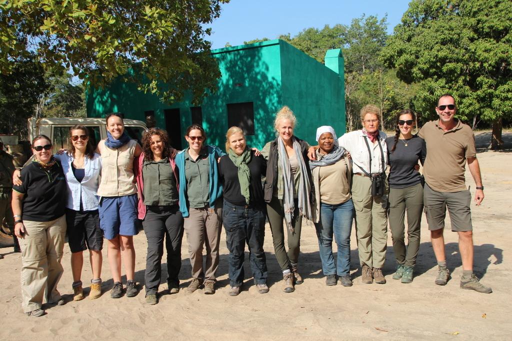 Crew for JWP, Elephants Alive, ANAC (Administração Nacional das Áreas de Conservação) and Gilé