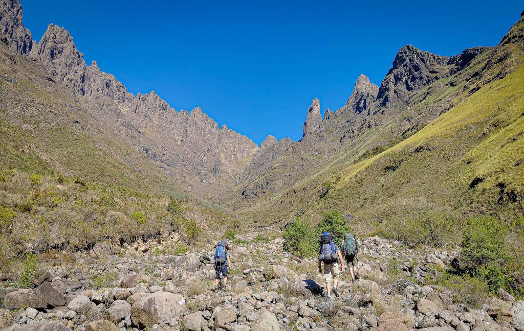 People hiking in the Drakensberg