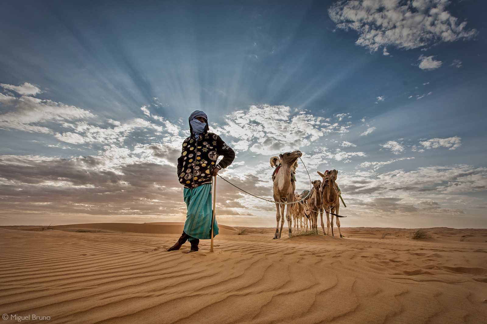 A nomad in the Chinguitti Desert, Mauritania © Miguel Bruno